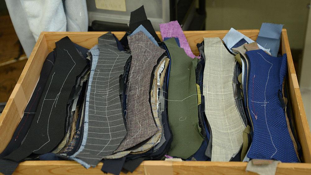 オーダースーツの縫製工場