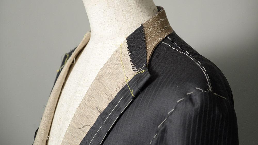 姫路でオーダースーツの仮縫い風景