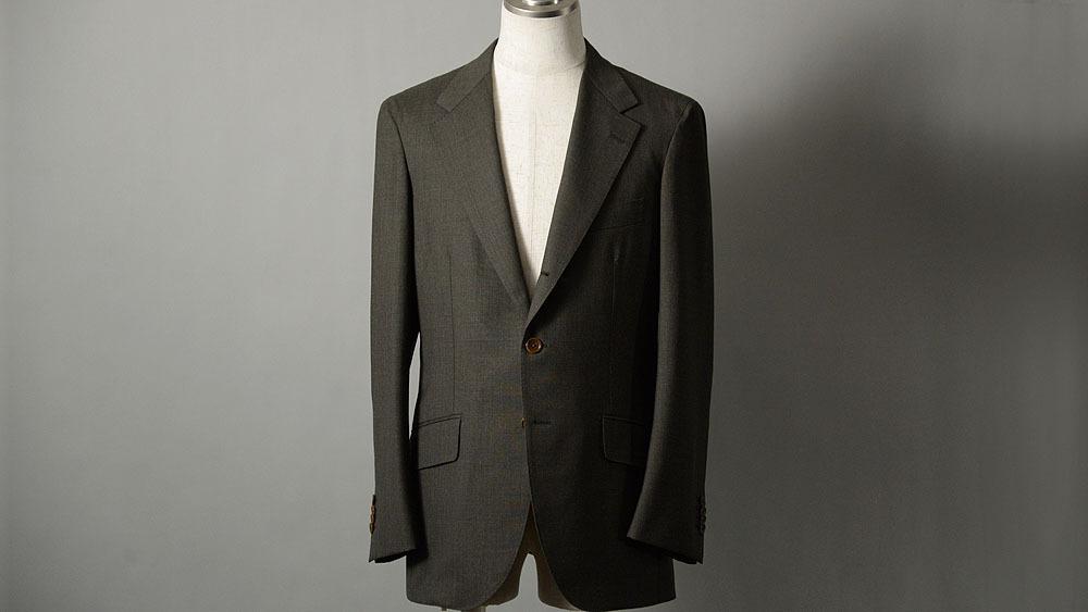 米谷啓和様のスーツ