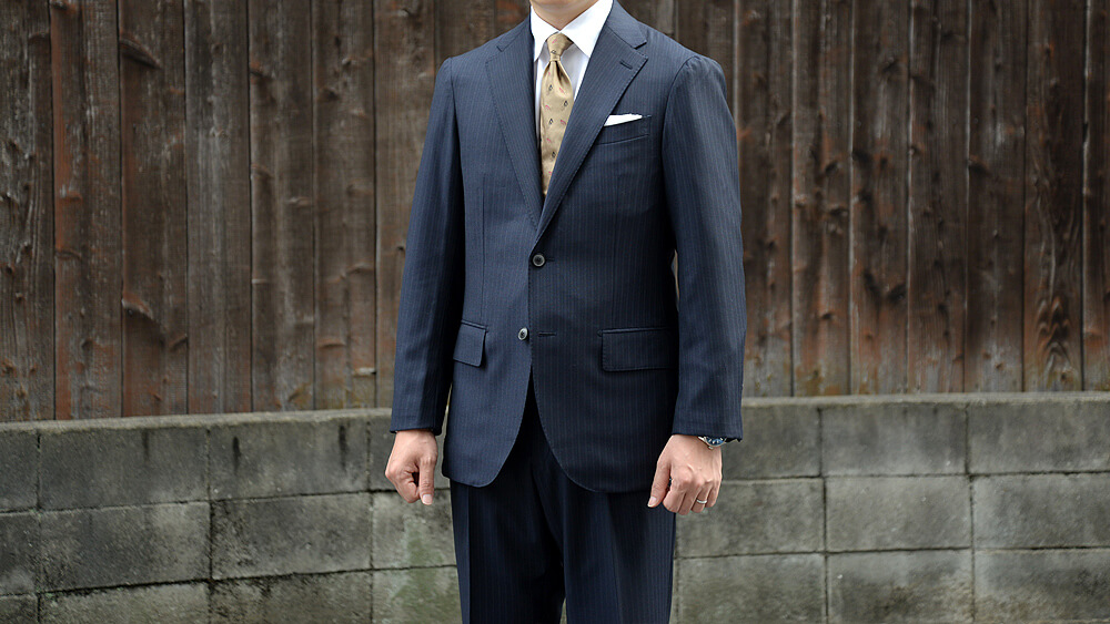 【マニカカミーチャ】スーツのシャツ袖